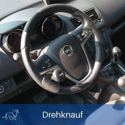 Das Bild zeigt eine Lenkhilfe im auto
